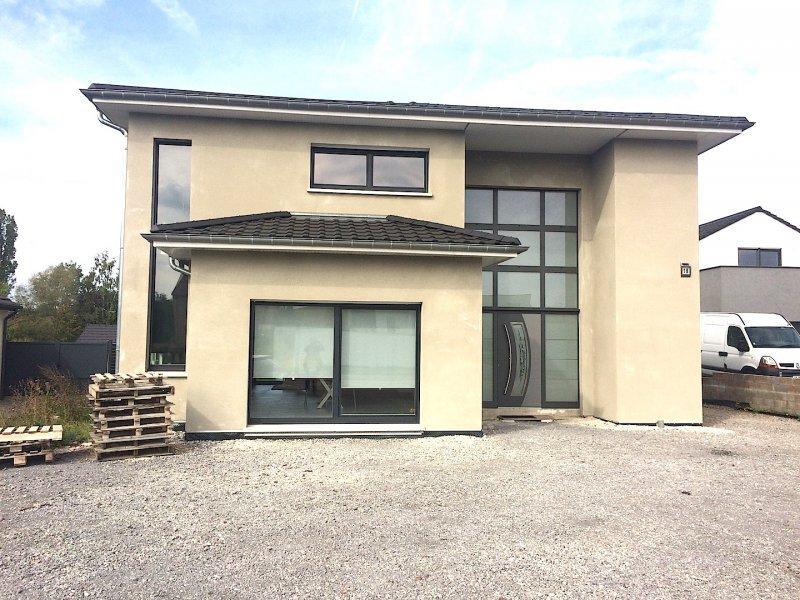 Maison individuelle en vente helstroff 250 m 397 for Architecte maison individuelle