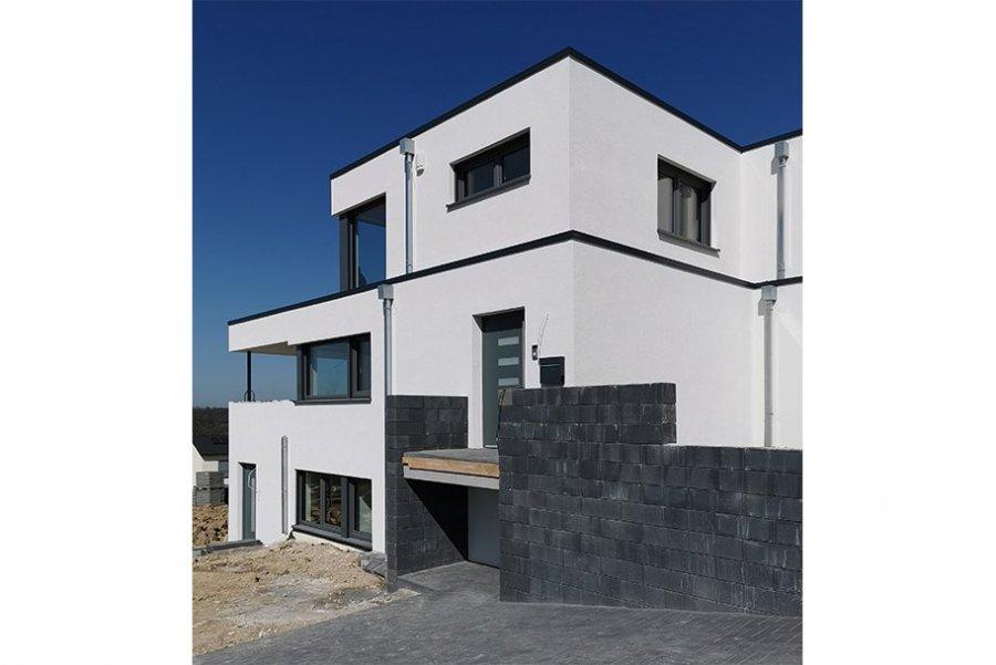 louer maison 5 pièces 175 m² wincheringen photo 1