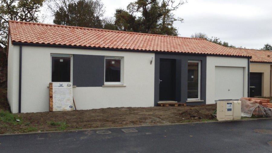 Maison individuelle en vente commequiers 89 m 149 for Acheter maison neuve 44