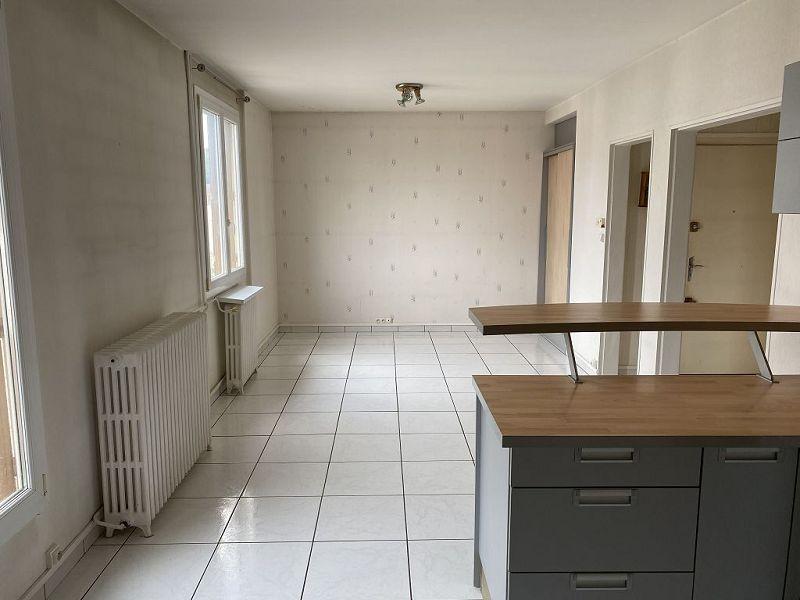 louer appartement 3 pièces 52.33 m² verdun photo 2