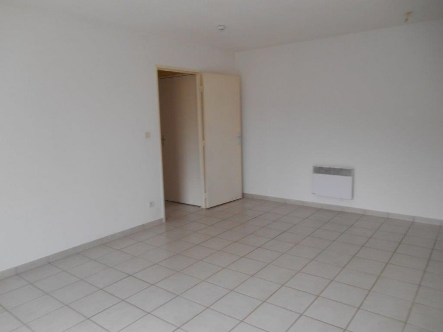 louer appartement 2 pièces 42 m² toul photo 4