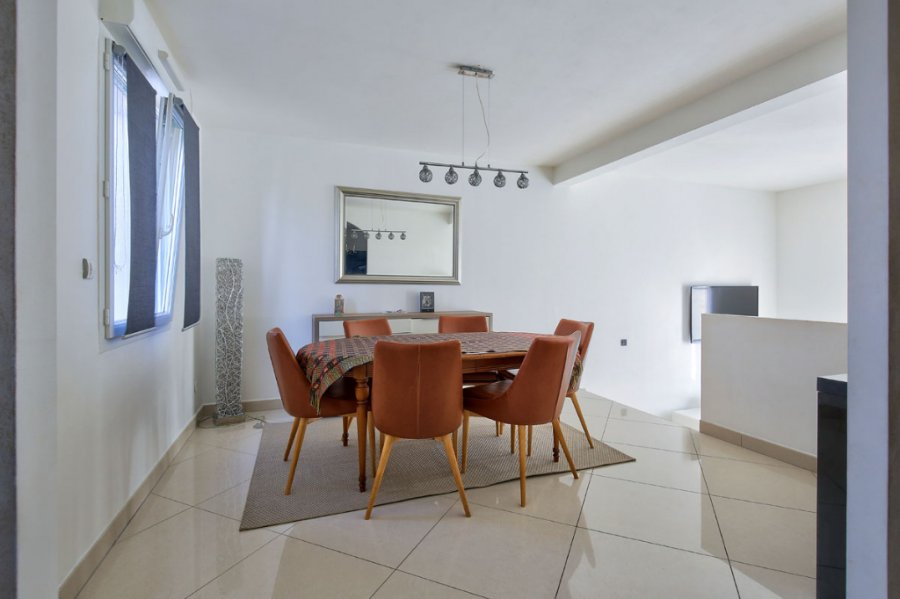 house for buy 8 rooms 165.26 m² nouilly photo 2