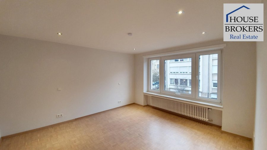 louer maison 5 chambres 250 m² luxembourg photo 4