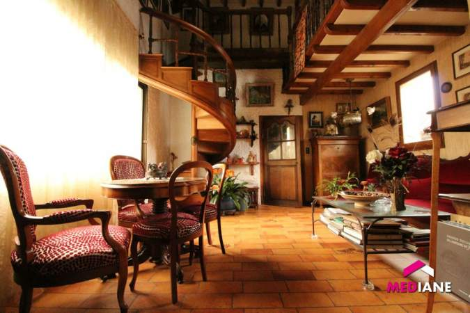 acheter maison 6 pièces 200 m² charmes photo 1