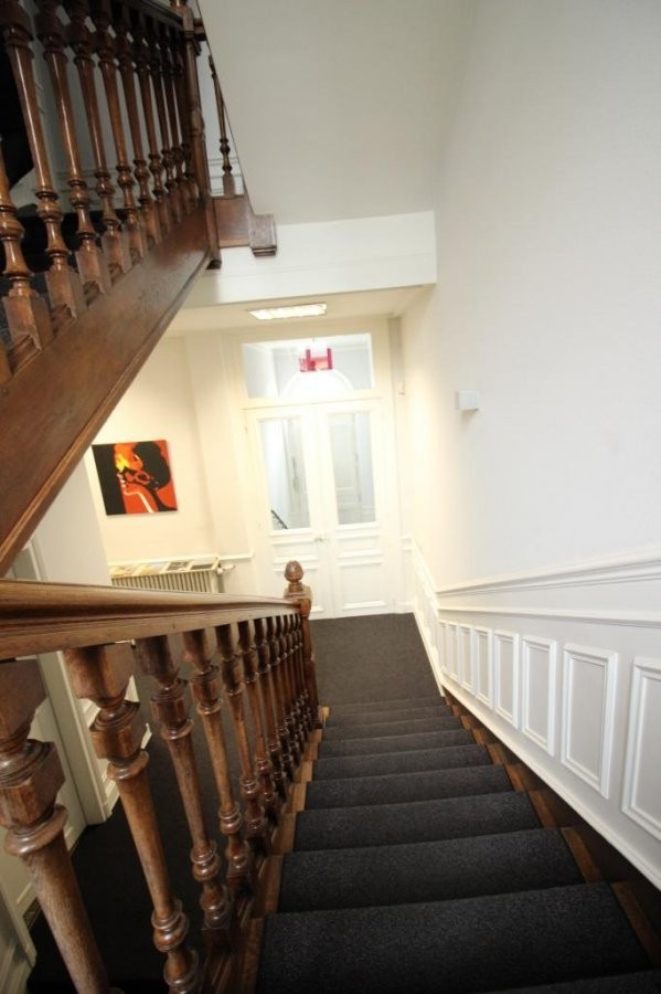louer maison de maître 0 chambre 650 m² luxembourg photo 4