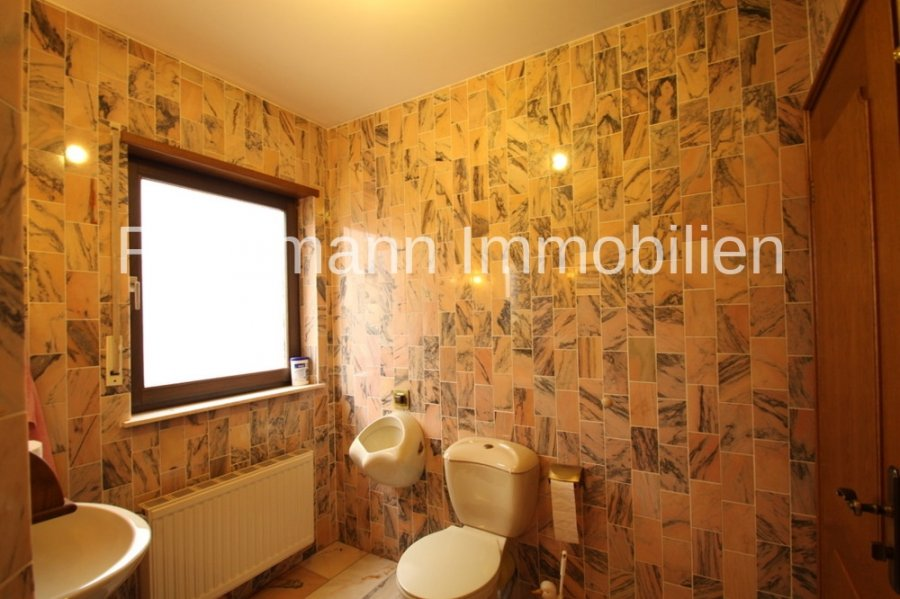 haus kaufen 9 zimmer 235 m² newel foto 7
