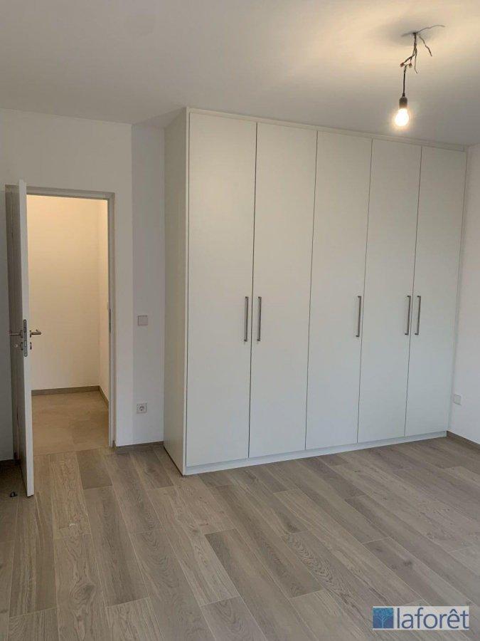 wohnung mieten 2 schlafzimmer 90 m² bridel foto 4