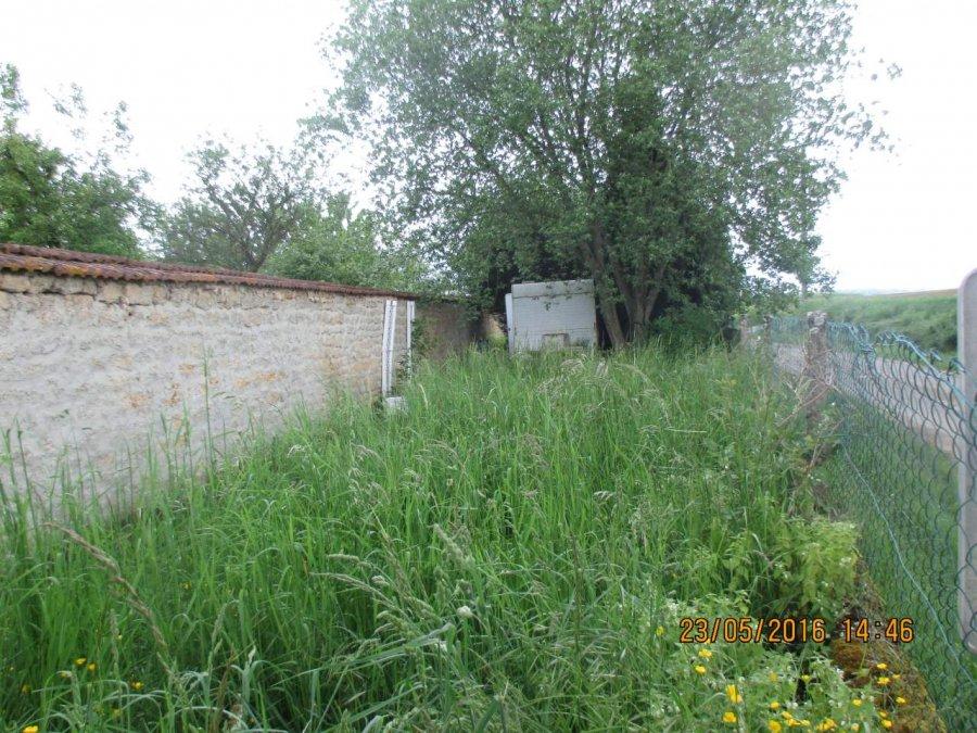 Terrain constructible à vendre à Pouilly sur meuse