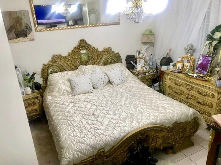 Maison mitoyenne à vendre 5 chambres à Luxembourg-Cents