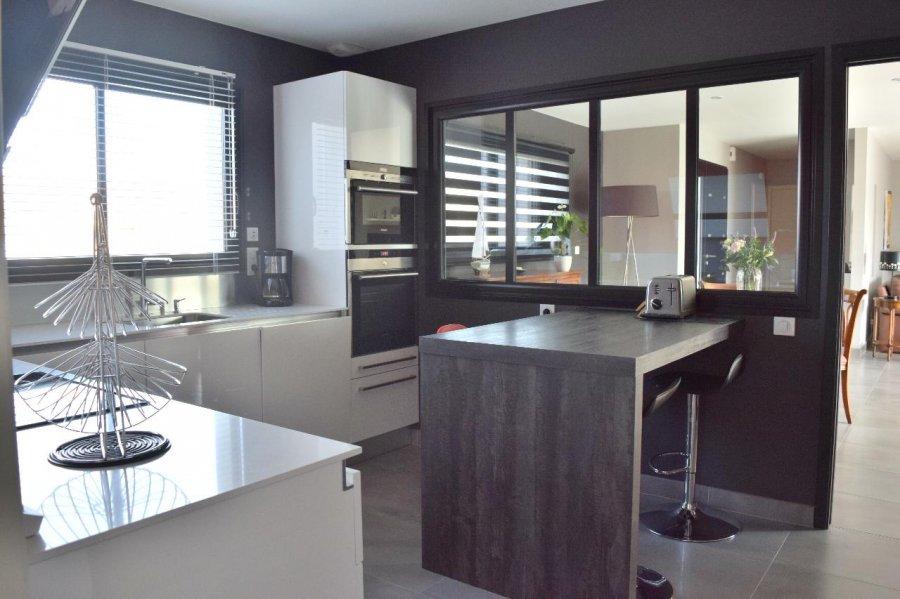 Maison individuelle en vente la chevroli re 141 m for Acheter une maison a la baule