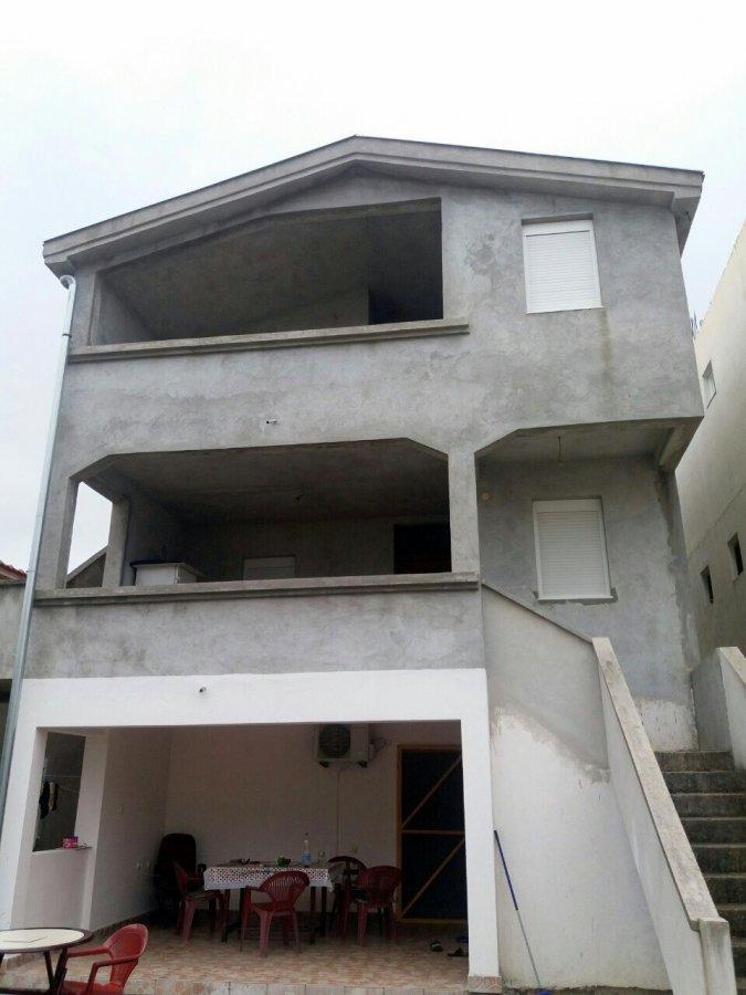 Immeuble de rapport à vendre à Ulcinj-Sthoj