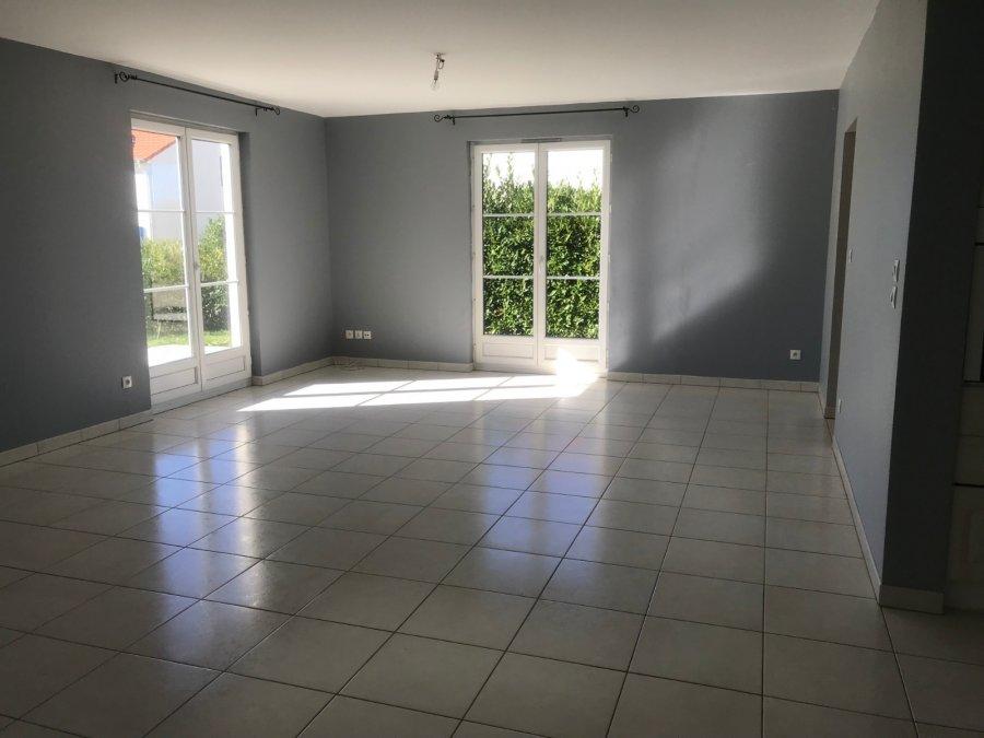 einfamilienhaus mieten 6 zimmer 110 m² charly-oradour foto 1