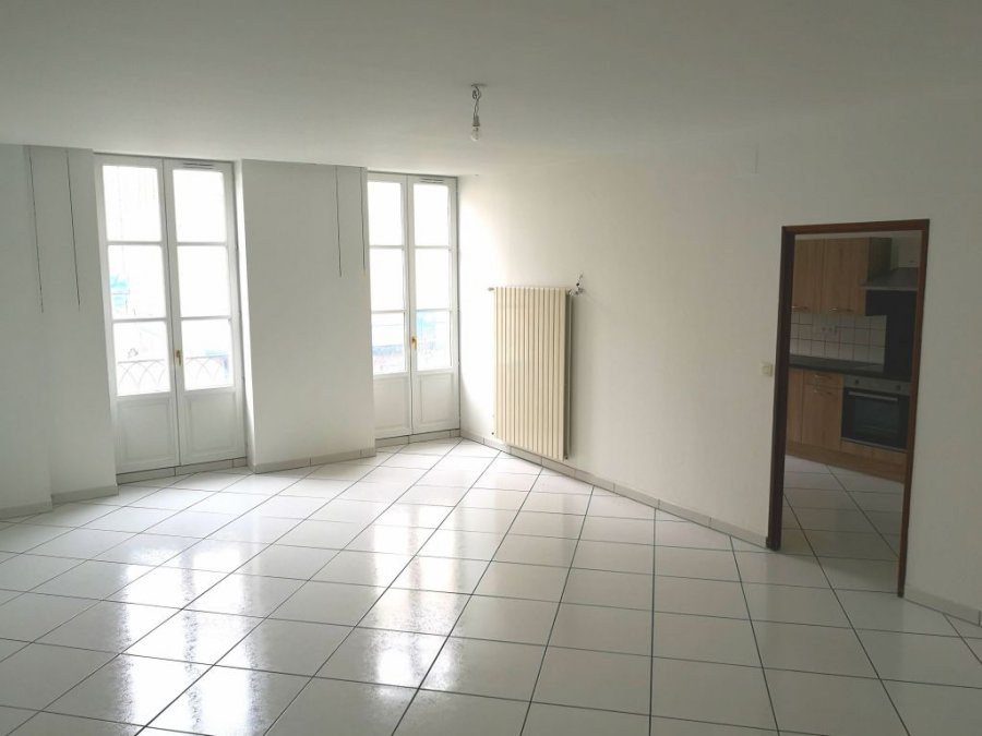 louer appartement 2 pièces 79 m² nancy photo 4