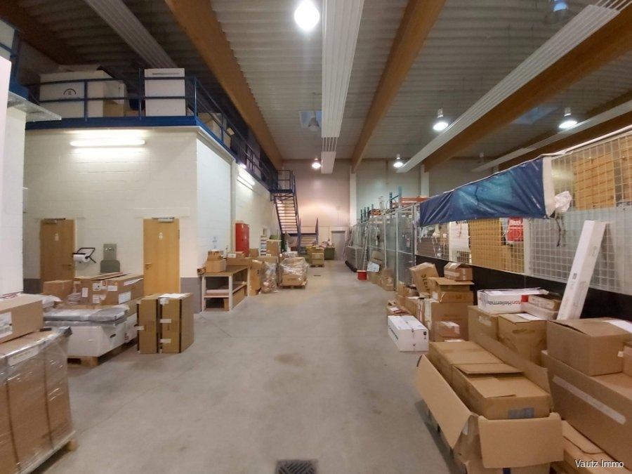 Entrepôt à louer à Munsbach
