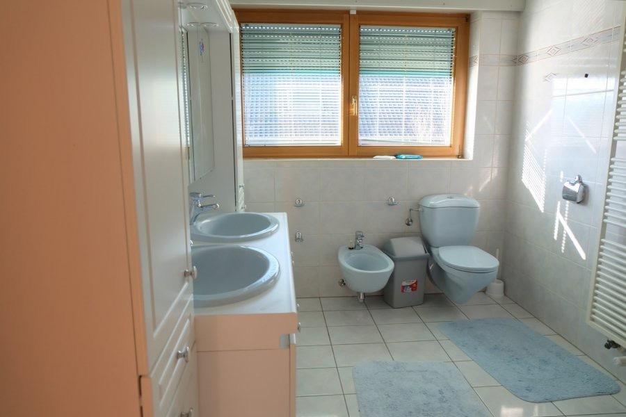 Maison individuelle à vendre 6 chambres à Niederanven