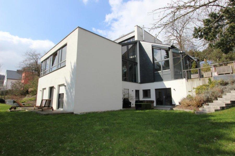 Villa à vendre 6 chambres à Niederanven