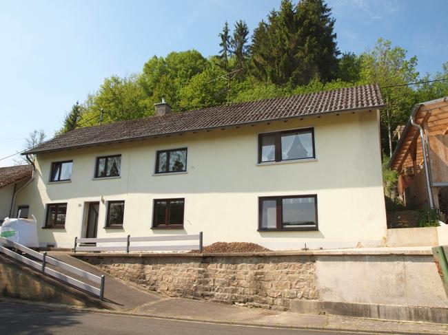 einfamilienhaus kaufen 8 zimmer 230 m² bettingen foto 2