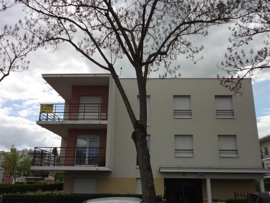 louer appartement 2 pièces 48 m² metz photo 2