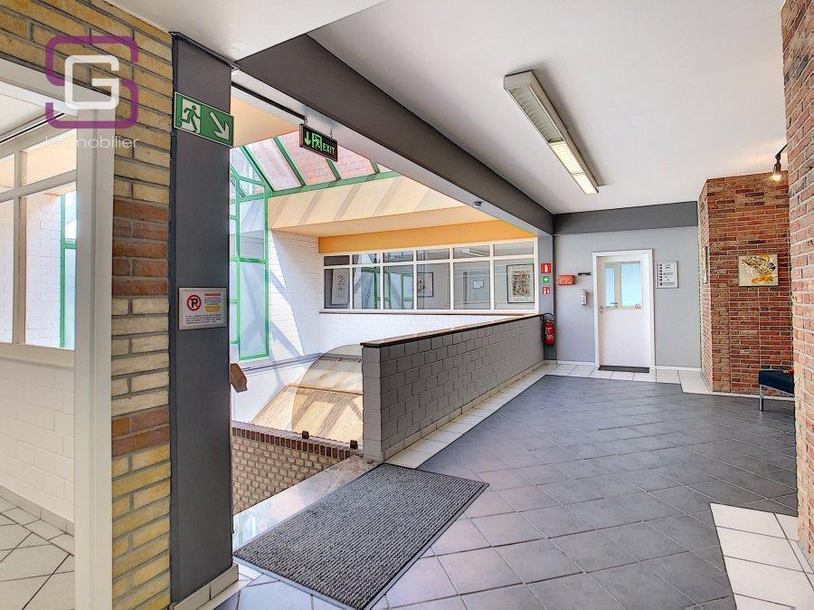 louer bureau 0 chambre 50 m² strassen photo 5
