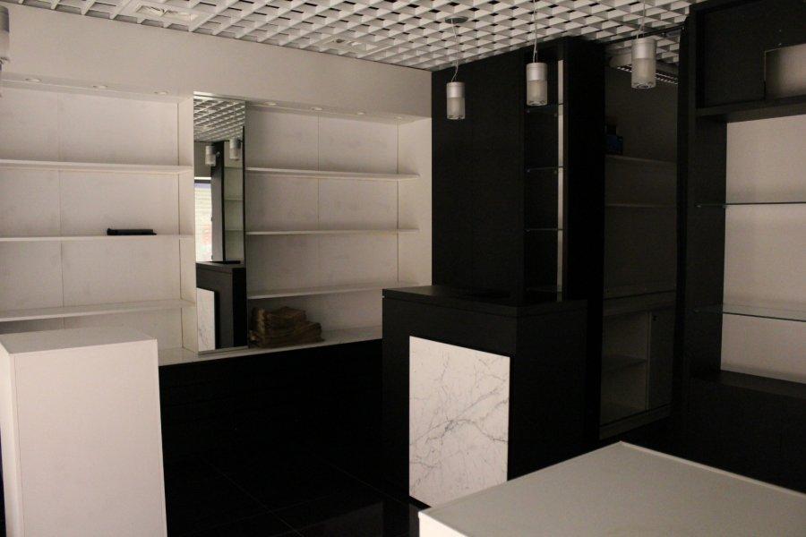 acheter local commercial 0 pièce 40 m² centre saint jacques photo 2