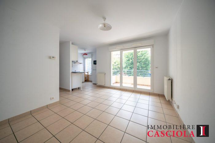 louer appartement 2 pièces 43 m² metz photo 2