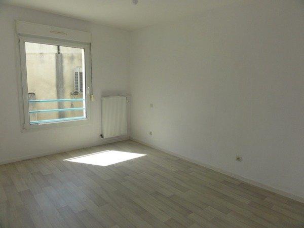 louer appartement 3 pièces 70 m² hagondange photo 3
