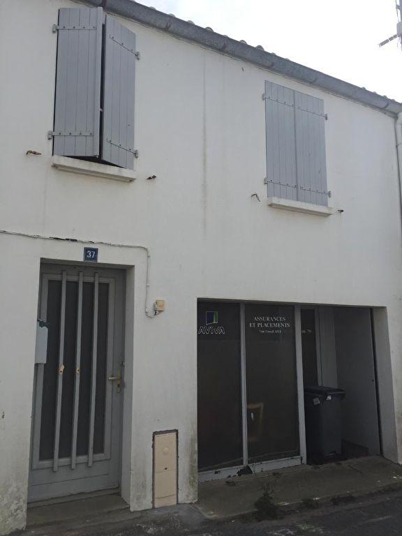 acheter local commercial 4 pièces 124 m² saint-gilles-croix-de-vie photo 2