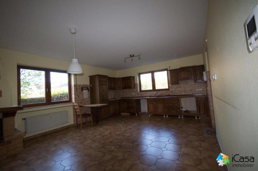 Maison individuelle à vendre 8 chambres à Mamer
