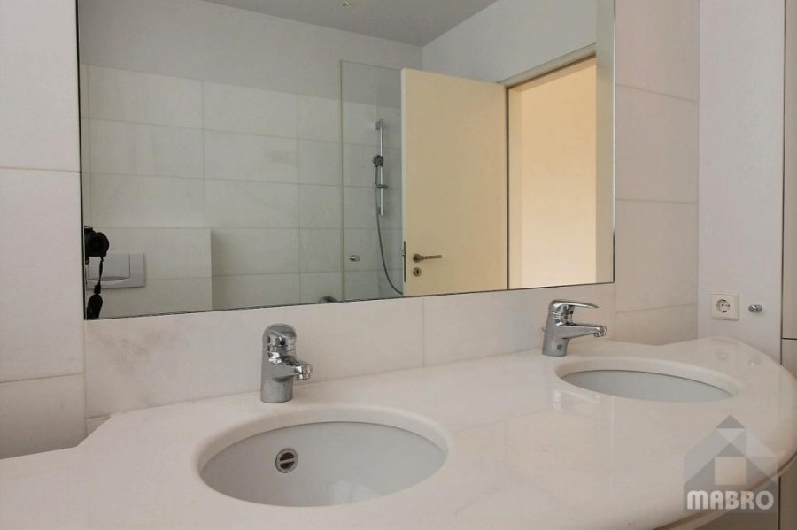louer appartement 3 chambres 175 m² luxembourg photo 5