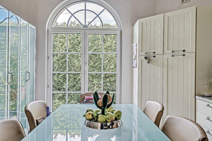 acheter maison 5 chambres 225 m² moutfort photo 2