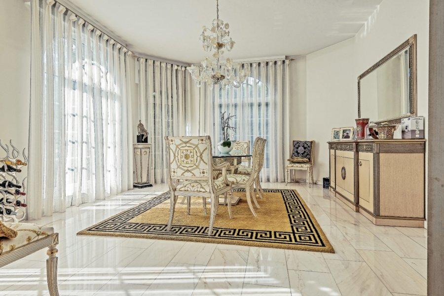 acheter maison 5 chambres 225 m² moutfort photo 3