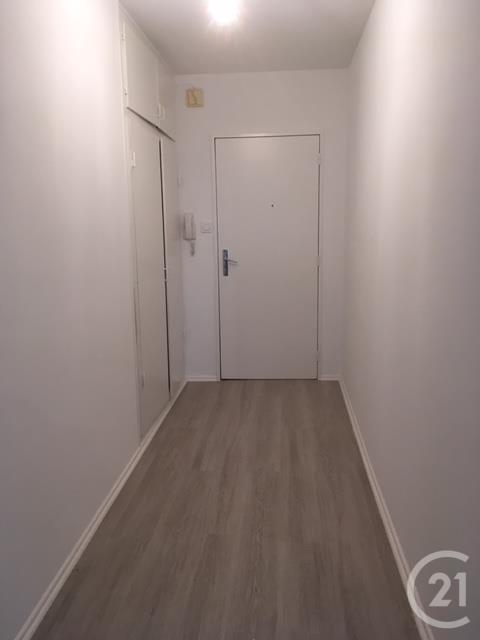 louer appartement 4 pièces 79.8 m² thionville photo 4