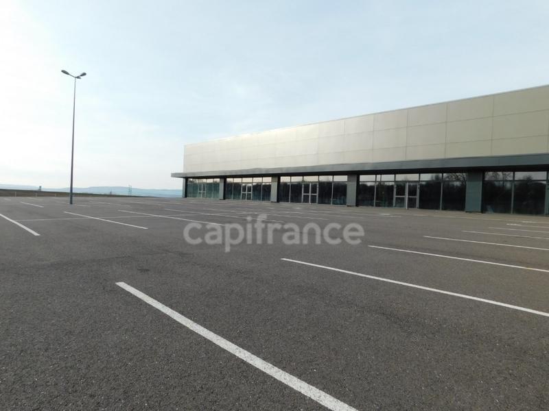 louer entrepôt 1 pièce 2100 m² metz photo 1