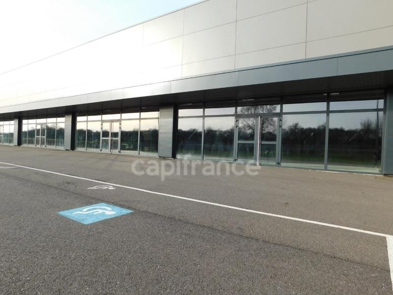 louer entrepôt 1 pièce 2100 m² metz photo 2