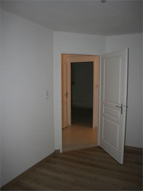 Appartement à louer F4 à Courcelles-chaussy