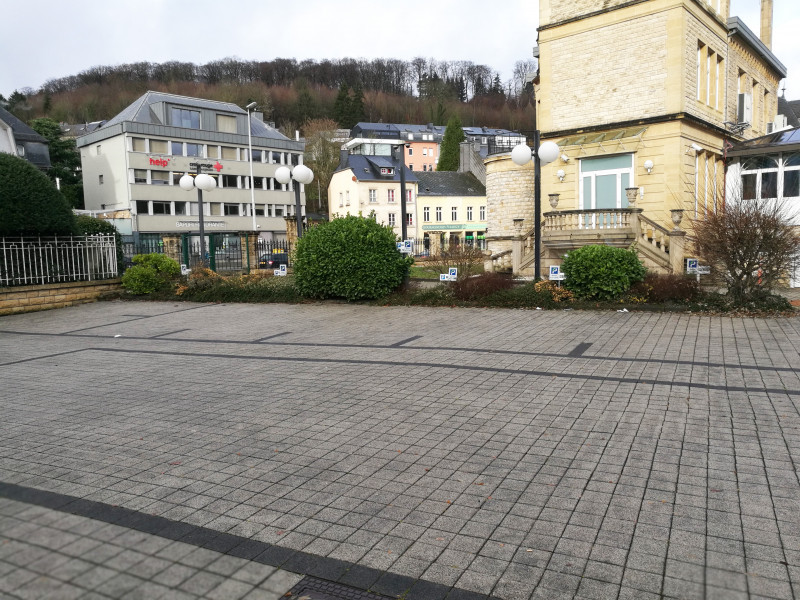 louer garage ouvert 0 chambre 0 m² luxembourg photo 2
