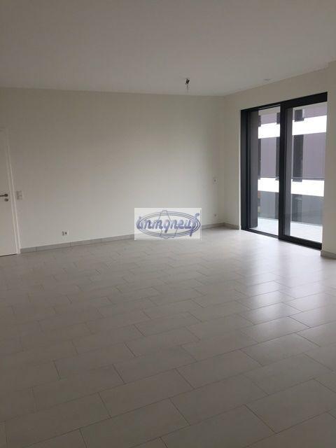 louer appartement 2 chambres 78.02 m² strassen photo 1