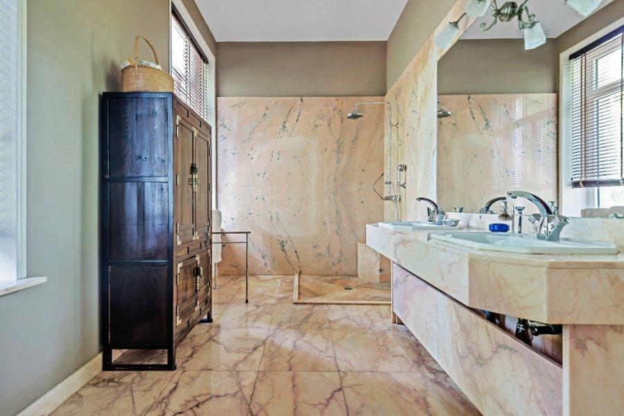 acheter maison de maître 15 pièces 430 m² baslieux photo 6