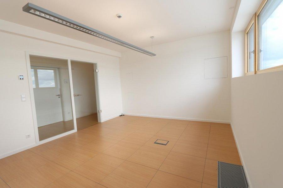 louer bureau 0 chambre 19 m² eselborn photo 3