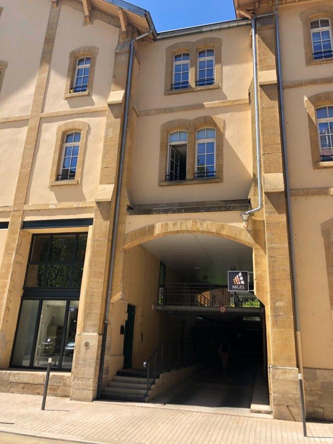 Garage ouvert à louer à Metz