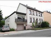 Renditeobjekt / Mehrfamilienhaus zum Kauf 9 Zimmer in Lebach - Ref. 4975737
