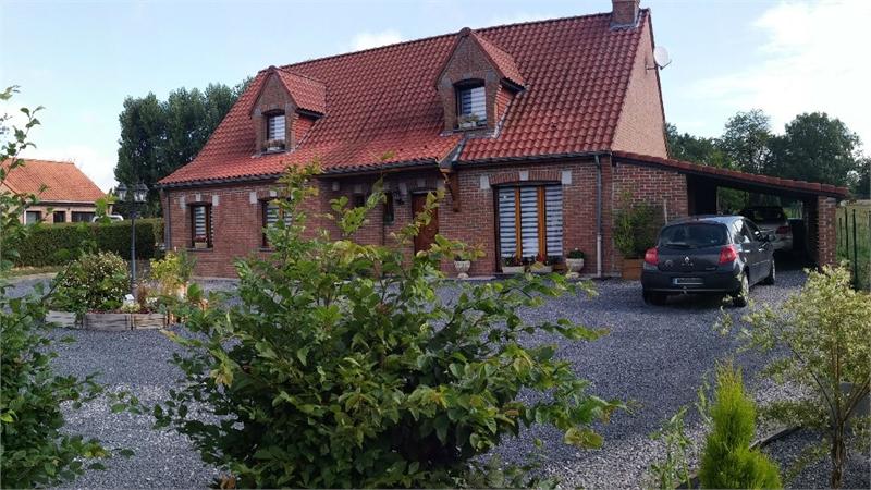 Maison individuelle en vente le quesnoy 165 m 307 for Garage brihaye le quesnoy