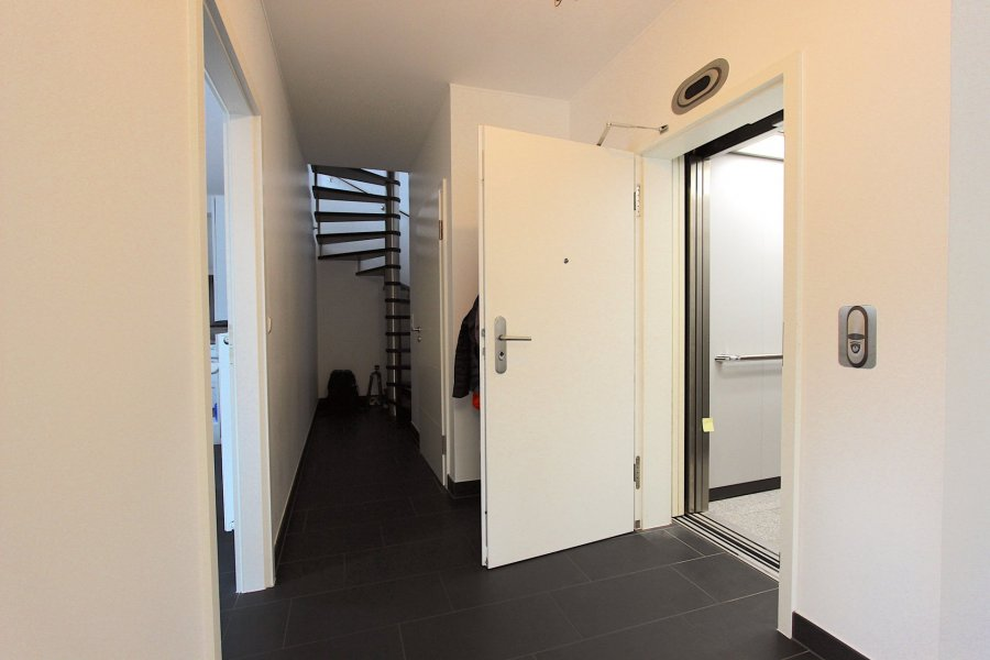 wohnung mieten 1 schlafzimmer 145 m² roodt-sur-syre foto 4