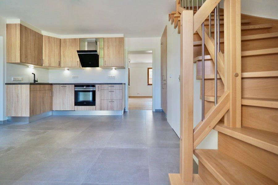 louer maison jumelée 4 chambres 160 m² pissange photo 4