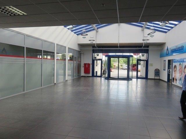 louer local commercial 0 chambre 153.78 m² mertert photo 1