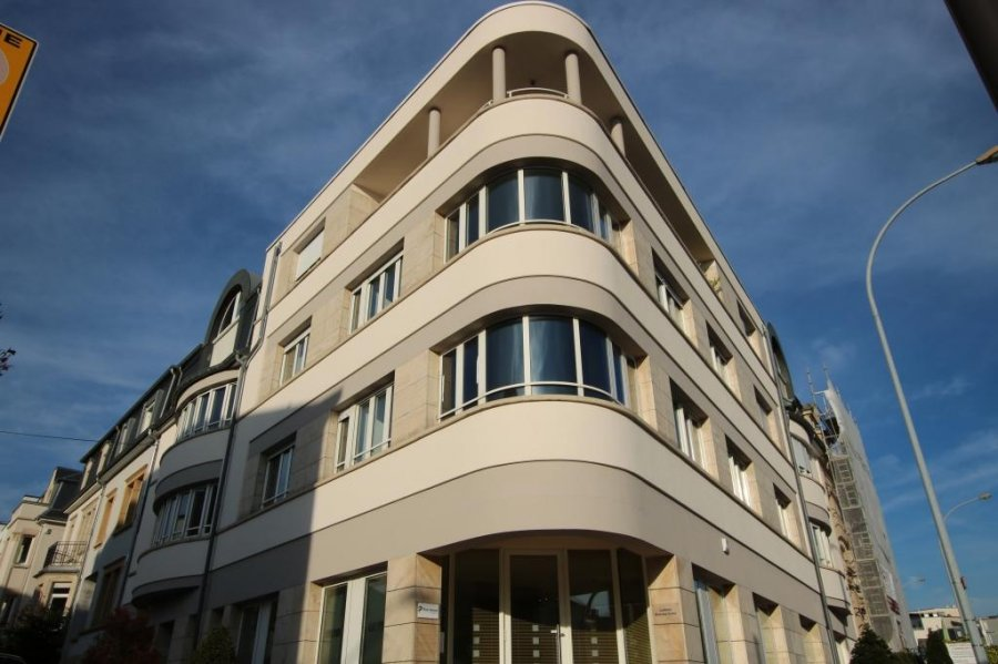 louer bureau 0 chambre 192 m² luxembourg photo 1