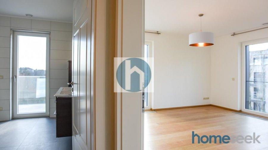 Penthouse à louer 4 chambres à Luxembourg-Limpertsberg