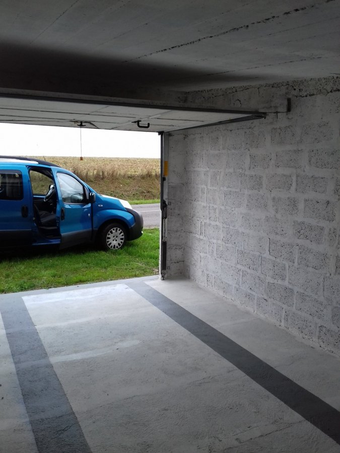 louer garage fermé 0 pièce 0 m² mancieulles photo 4