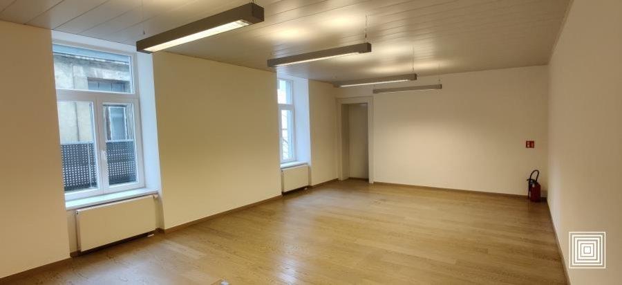 louer bureau 4 chambres 124 m² luxembourg photo 1