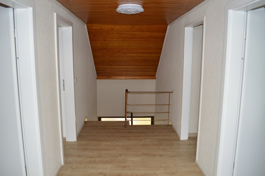 Maison individuelle à louer 4 chambres à Ferschweiler